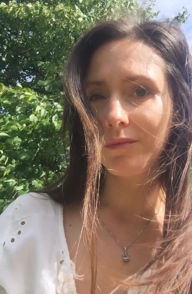 Arianna Aunon - activating mother